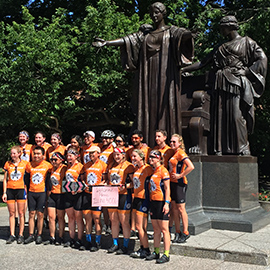 Illini 4000 cross-country cycling group