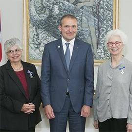 Marianne Kalinke, left, pictured with President Gu�ni Th. J�hannesson, president of Iceland