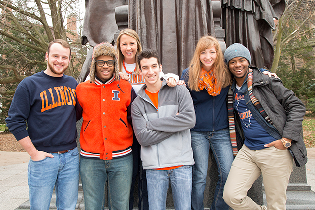 Illinois students in front of Alma Mater statue